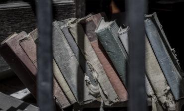 Στάσεις και αντιλήψεις κρατουμένων σε απεξάρτηση.<br> Τα μέλη μιας Ομάδας Λογοτεχνίας στη φυλακή